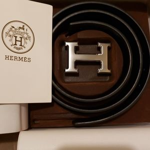 New Hermes Leather black belt with silver buckle